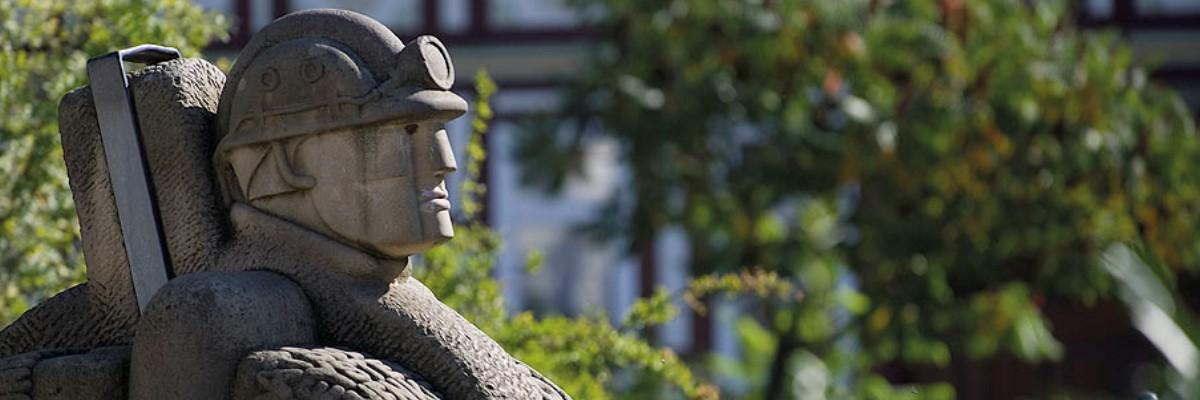 """Der """"Hotze"""" oder """"Soltmänneken"""" - ein stilisiertes Symbol für den Kali-Bergbau in Bad Salzdetfurth"""